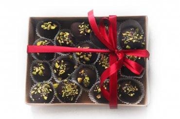 """18 Шоколадные конфеты ручной работы """"Соленая Карамель-Фисташка"""" 100 гр."""